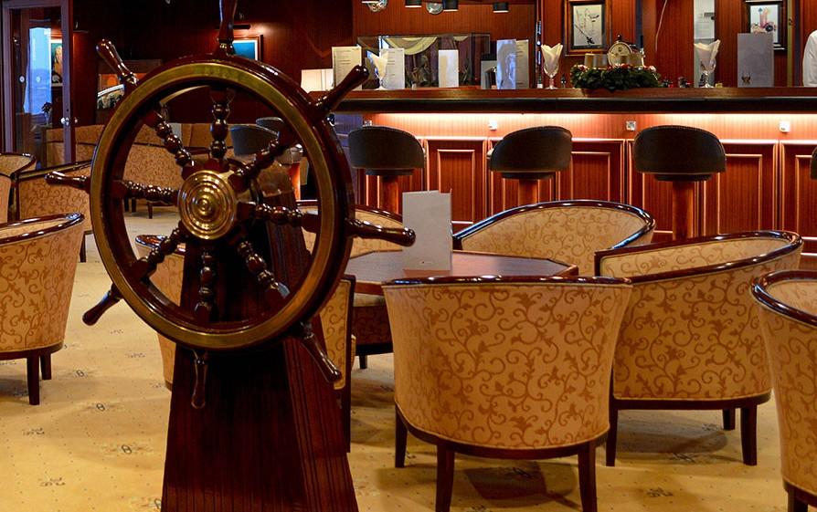 Lounge du bateau Jules Verne
